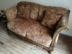 2 Piece Antique Style Sofa Set Patterned Brown Very Good Condition