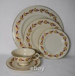 CASTLETON china VICTORIA pattern 60-piece SET SERVICE for 12 place settings