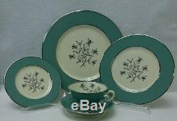 LENOX china KINGSLEY pattern 60-piece SET SERVICE for 12 Place Settings