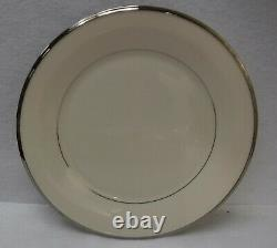 LENOX china SOLITAIRE pattern 60-piece SET SERVICE for 12 Place Settings
