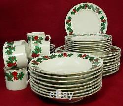 LIBBEY china CHRISTMAS HOLLY lie1 pattern 40-piece SET SERVICE for EIGHT (8)