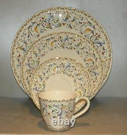 NEW 5 Pieces Place setting Toscana pattern Gien NEW