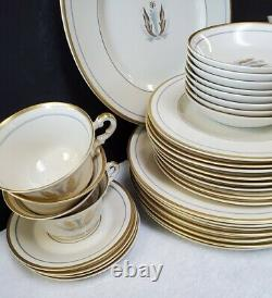 SYRACUSE china GOVERNOR CLINTON pattern 40-Piece Set Service for Eight (8)