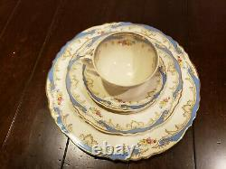 Syracuse China (Carvel pattern) Federal Shape Made in America 31 piece set