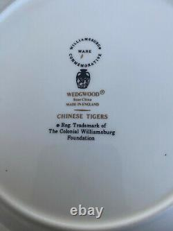 WEDGWOOD England CHINESE TIGERS GREEN pattern 5-piece Place Setting
