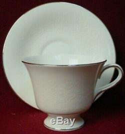 WEDGWOOD china SILVER ERMINE R4452 pattern 60-piece SET SERVICE for 12